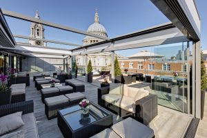 mesas ratan para terraza